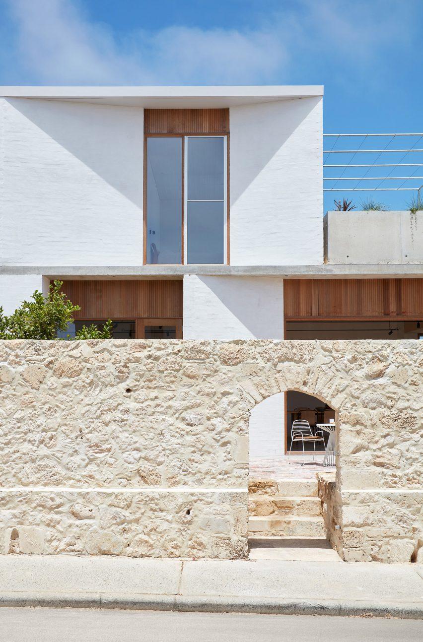 Extensão de casa marinha projetada por David Barr Architects