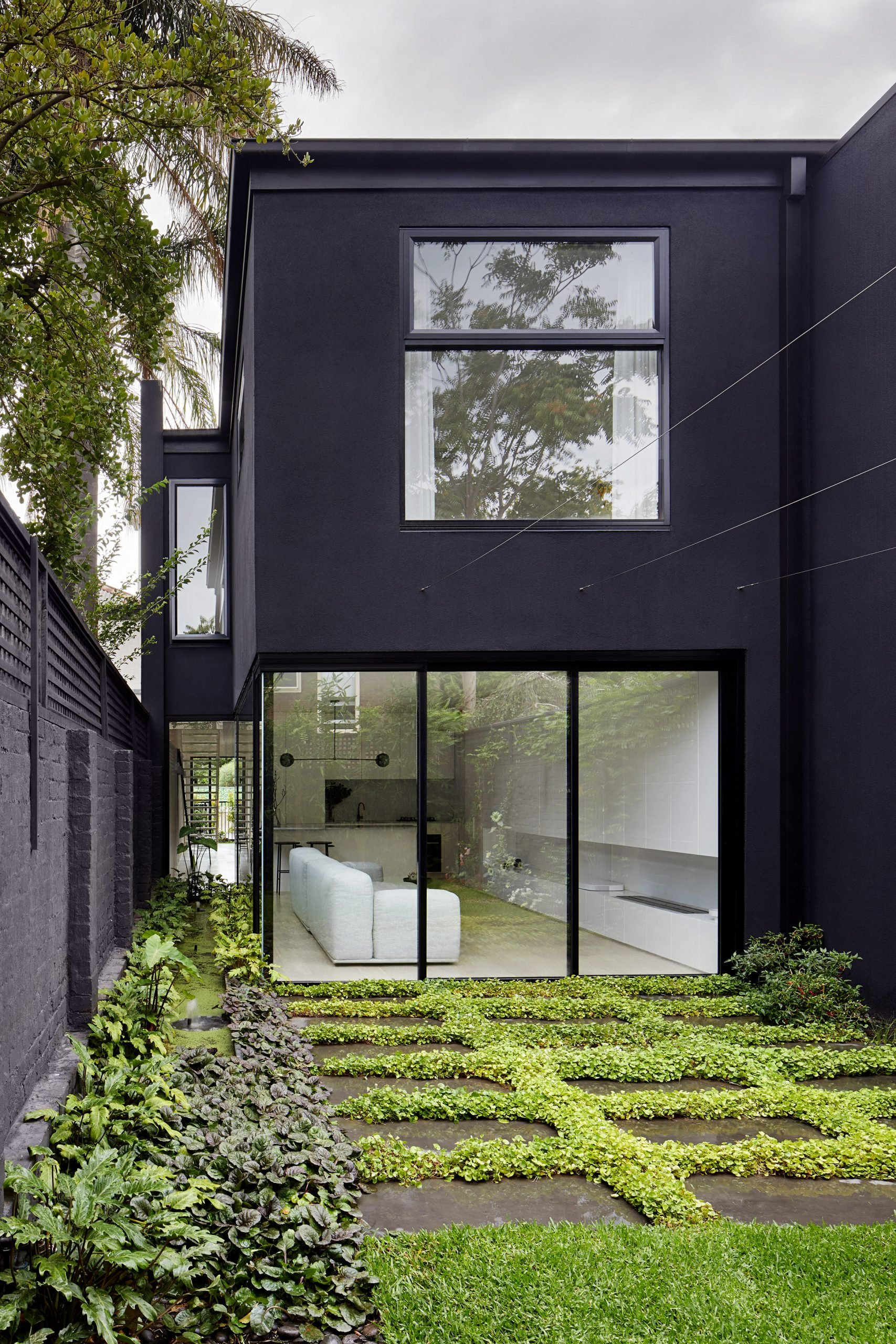 South Yarra Townhouse in Melbourne refurbished by Winter Architecture
