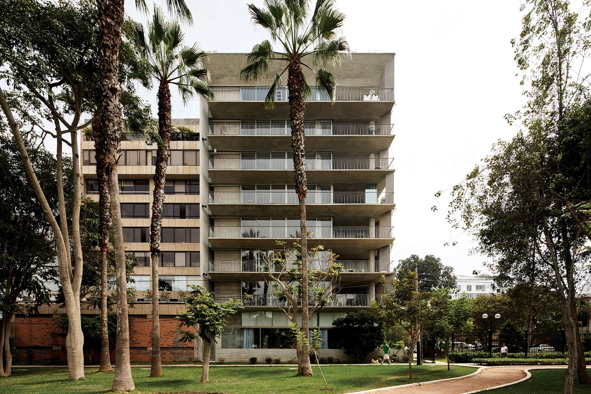 UN apartments by Barclay & Crousse