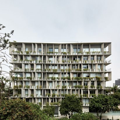 UN apartments by Barclay & Crousse