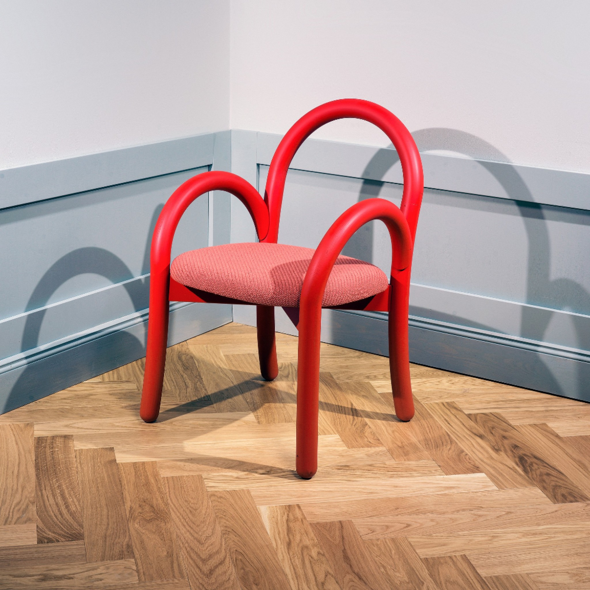 Goma armchair with Thomas Sandell