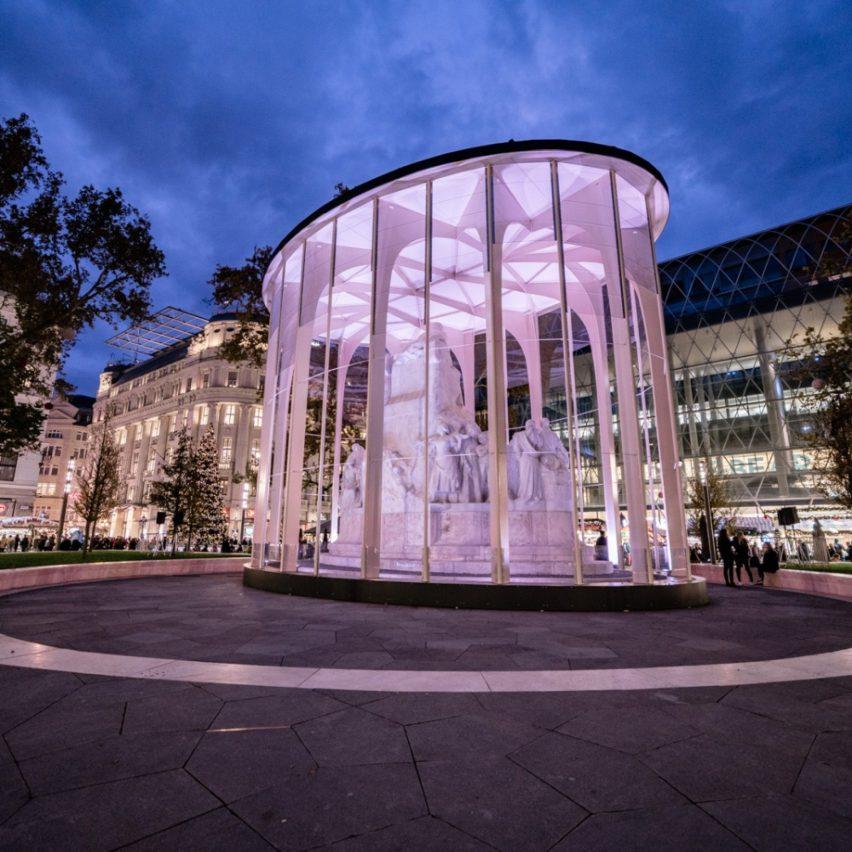 Art Shield - Vörösmarty Pavilion