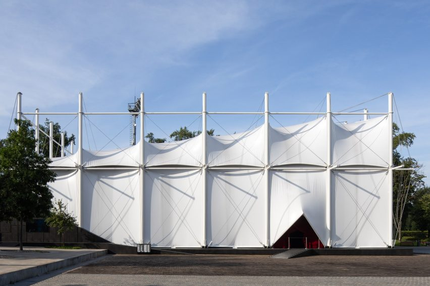 Pop-up cinema informed by a Bedouin tent outside OMA's Garage Museum of Contemporary Art in Moscow by SNKH