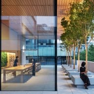 "Foster + Partners designs ""porous"" Apple store in Beijing"