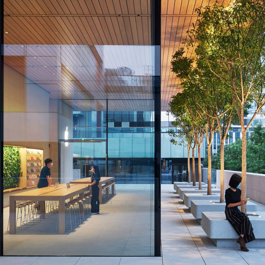 "Foster + Partners designs ""porous"" Apple store in Beijing"