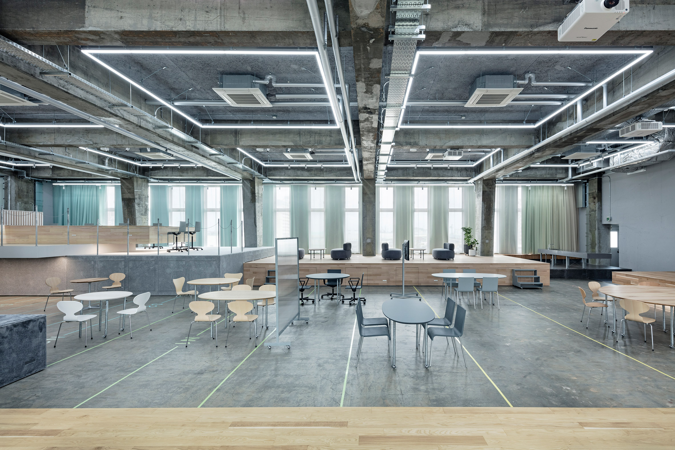 CODO Suzuyo head office by Shuhei Goto Architects