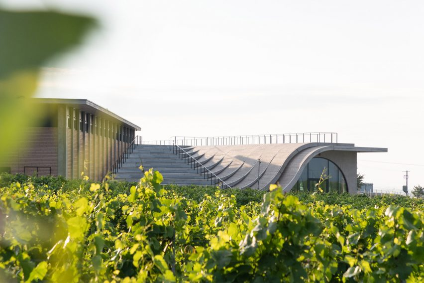 Lahofer Winery by Chybik + Kristof
