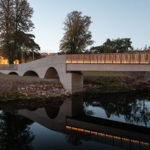 Cavanagh Bridge at University College Cork by O'Donnell + Tuomey