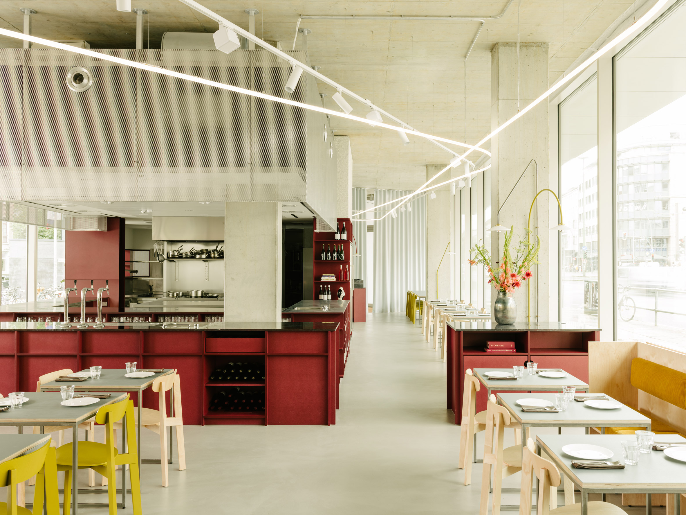 Remi restaurant in Berlin designed by Ester Bruzkus Architekten