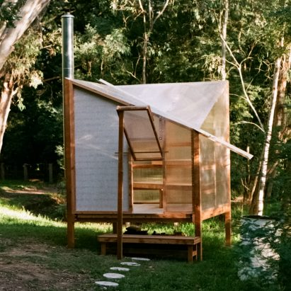 Studio Rain erects translucent flat-pack sauna on banks of Yarra River