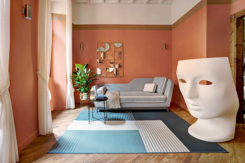 Trevi House apartment in Rome designed by Studio Venturoni