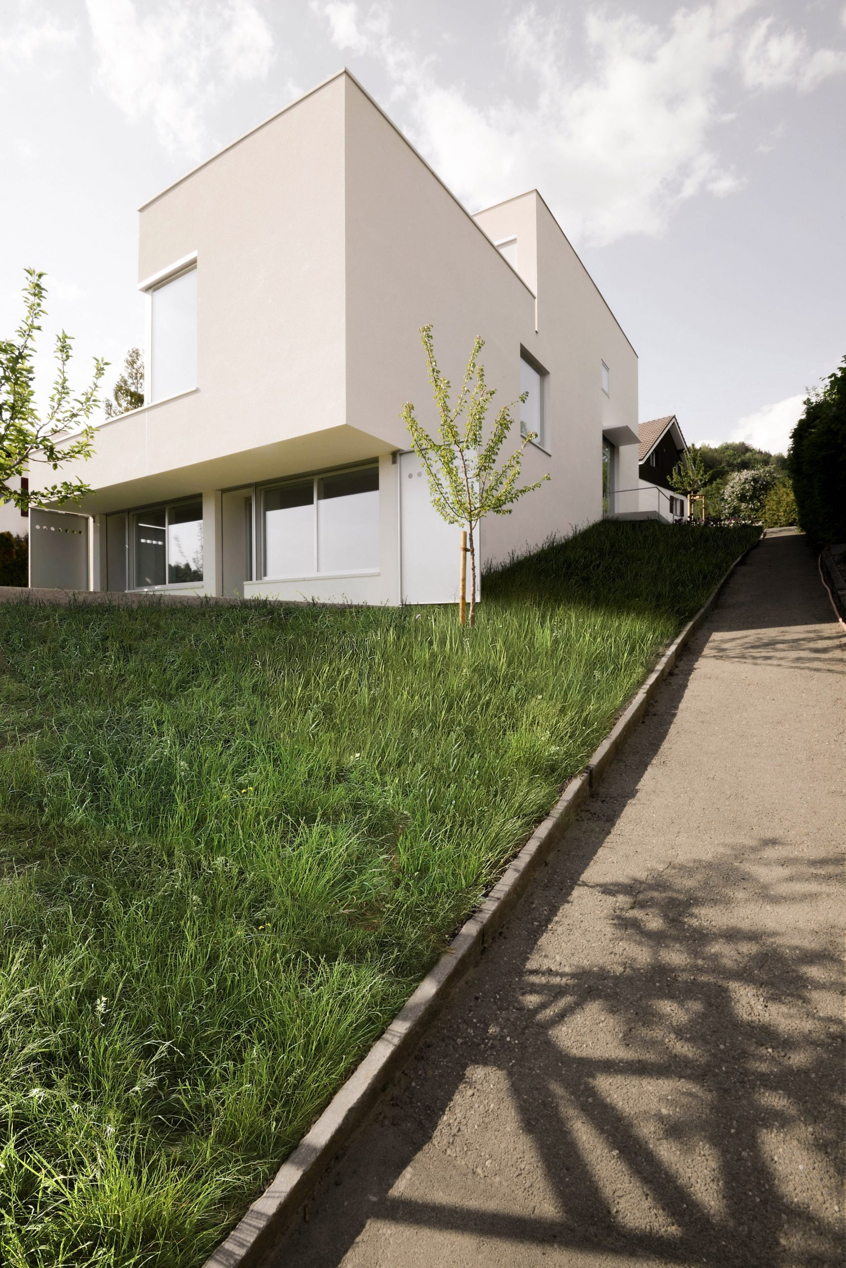 TS-H_01 house in Switzerland designed by Tom Strala