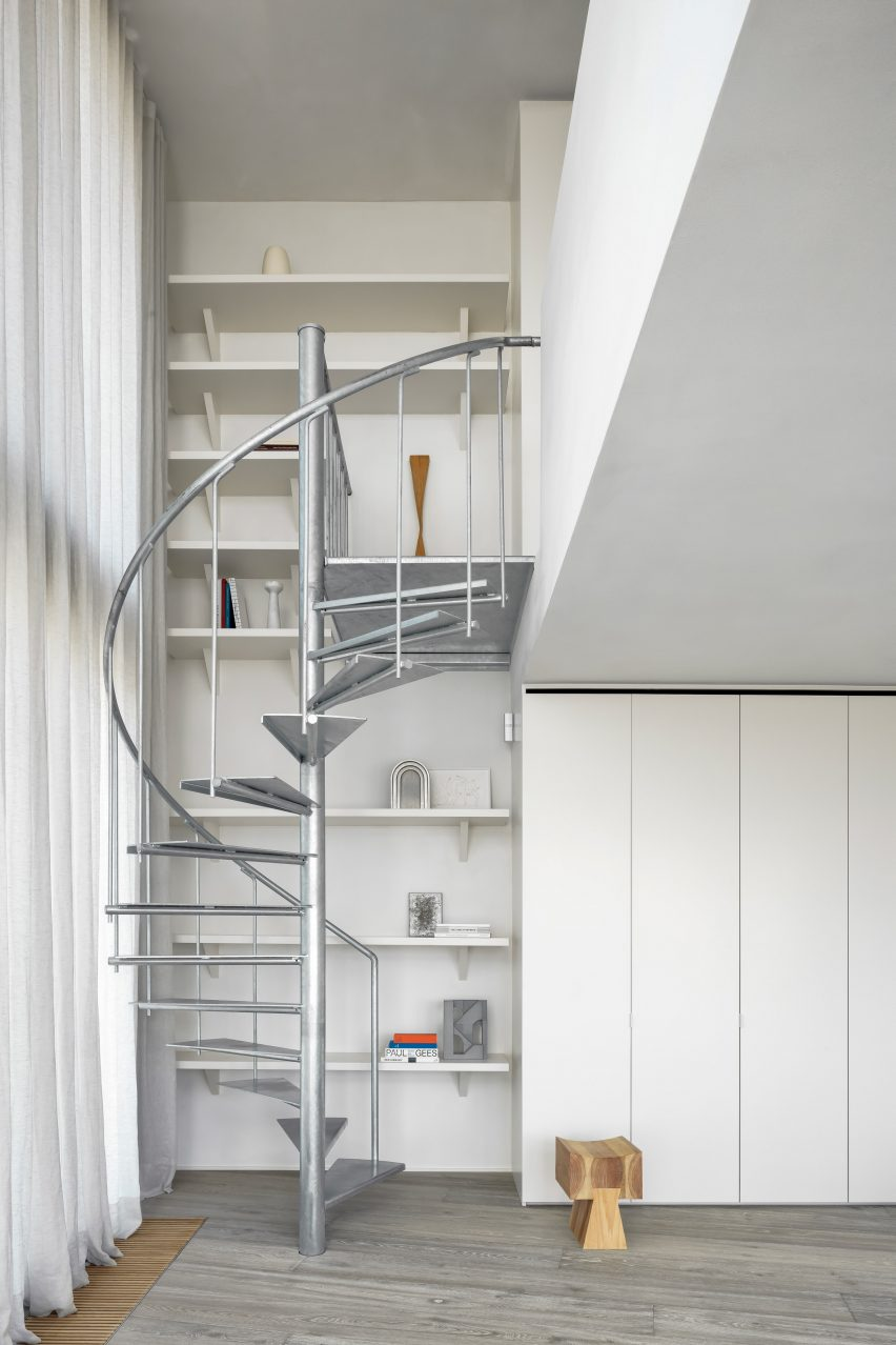 Apartment in Belgium includes spiral staircase