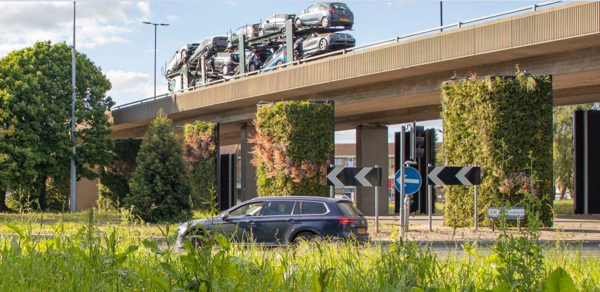 Millbrook Roundabout green wall by Biotecture