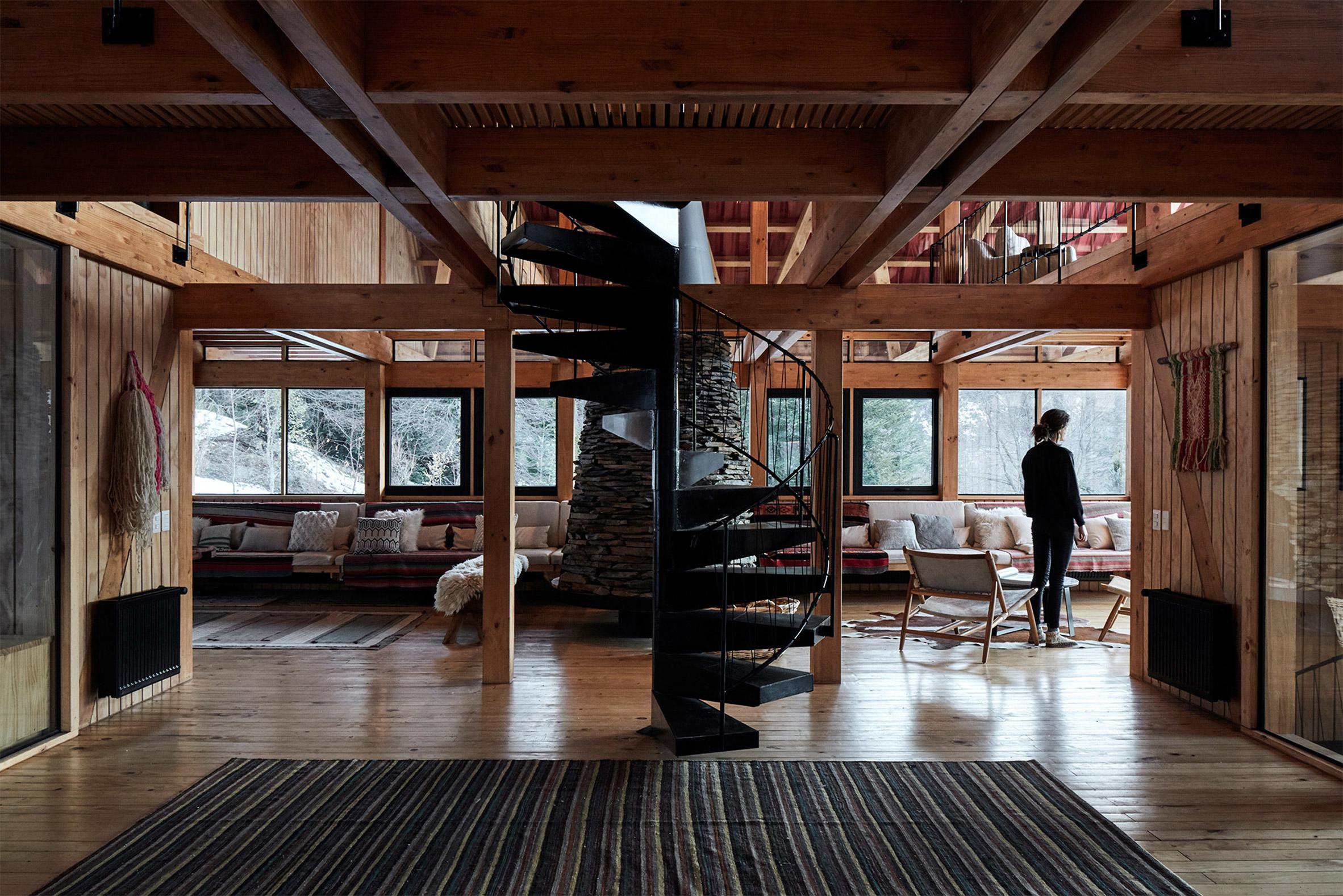 Inside Casa Malalcahuello by GAAA