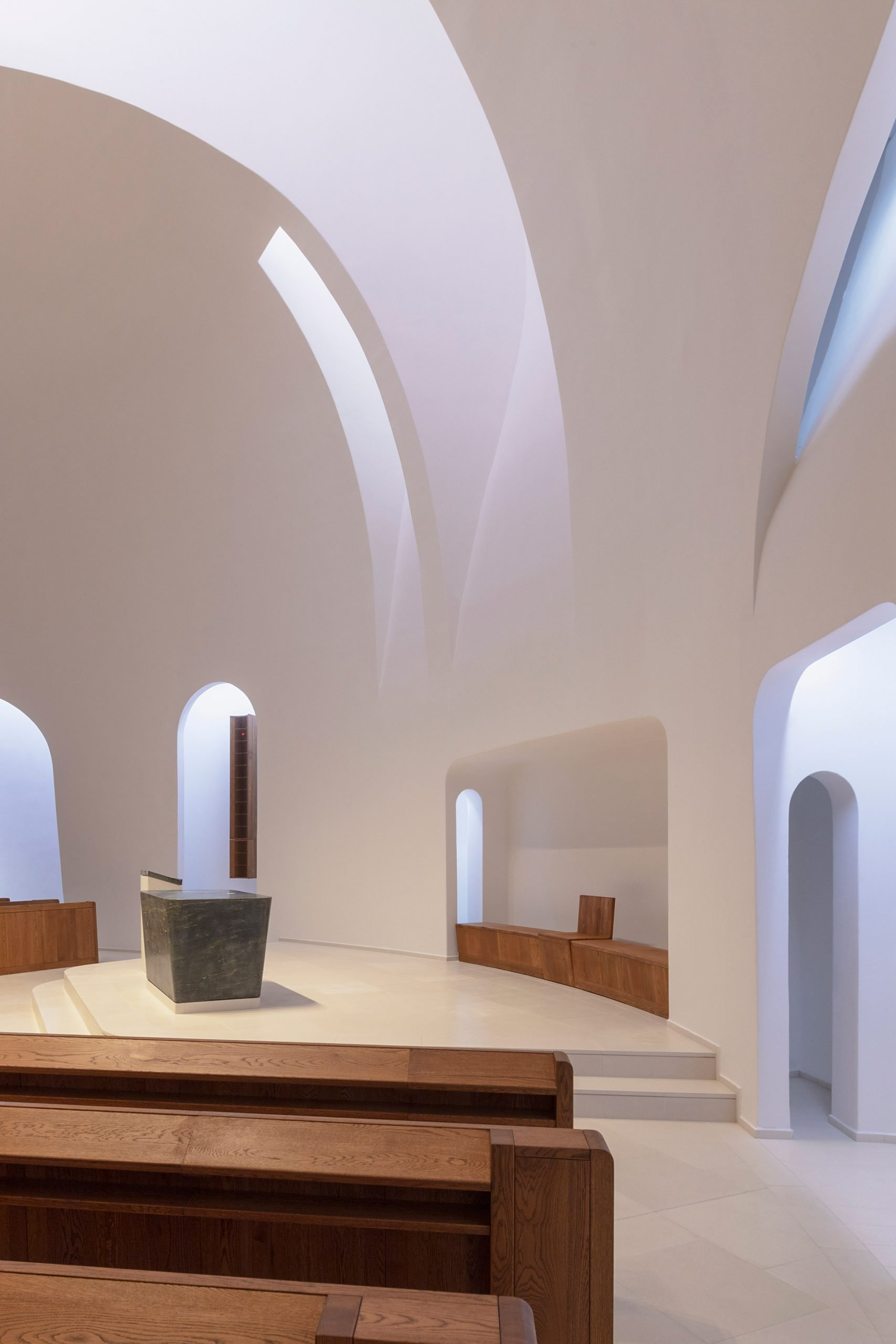 Robert Gutowski Architects Designs Minimal Church Interior In Response To Changes In Modern Worship Free Autocad Blocks Drawings Download Center