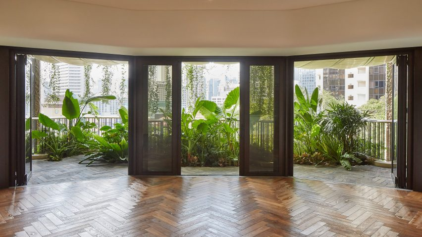 Living space at EDEN skyscraper in Singapore by Heatherwick Studio