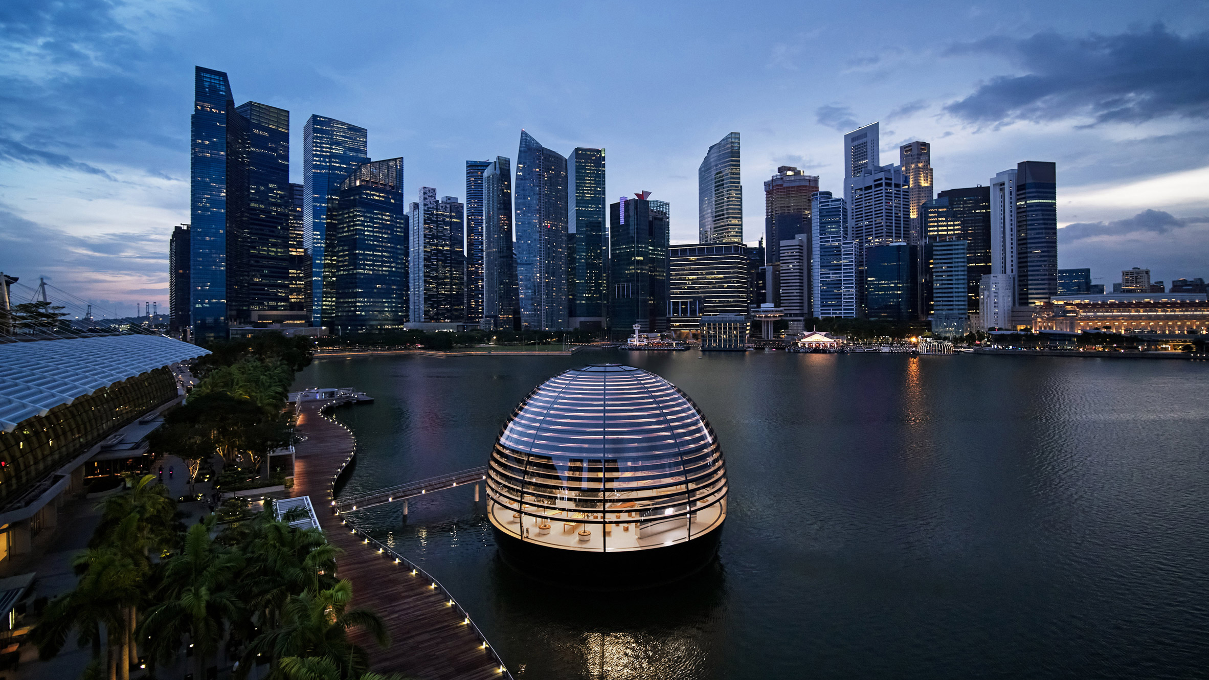 Apple unwraps spherical glass Apple Store in Singapore by Foster + Partners