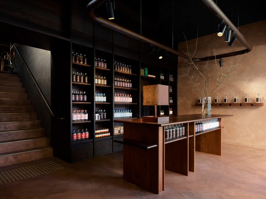 Four Pillars Laboratory includes a gin shop