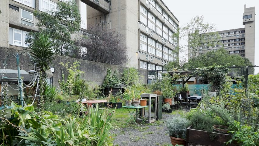 Community gardens at Glenkerry House by Erno Goldfinger