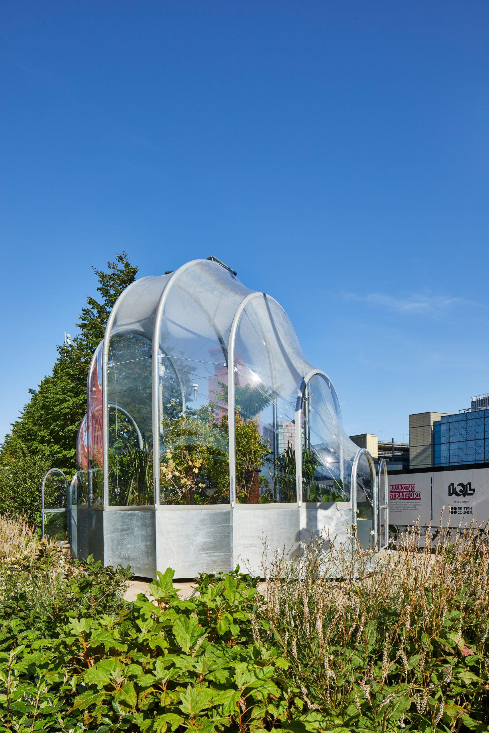 https://static.dezeen.com/uploads/2020/09/hothouse-studio-weave-climate-change-terrarium-london-design-festival_dezeen_2364_col_4-scaled.jpg