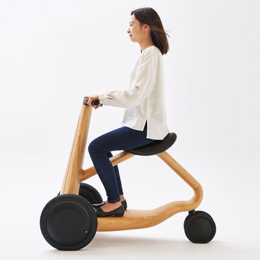 Mikiya Kobayashi designs electric ILY-Ai scooter made from wood
