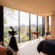 Windows in Kew Residence by John Wardle Architects in Melbourne, Australia
