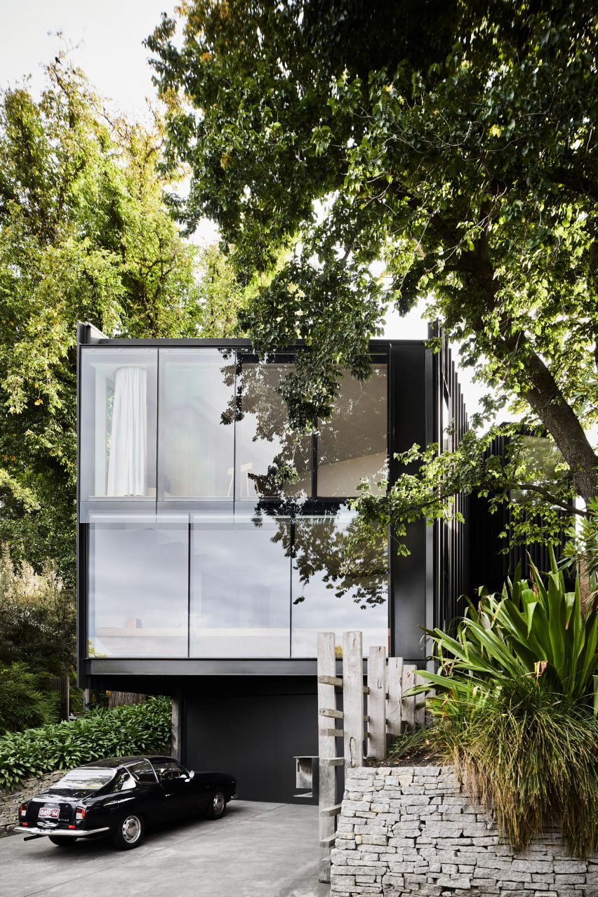 Exterior of Kew Residence by John Wardle Architects in Melbourne, Australia
