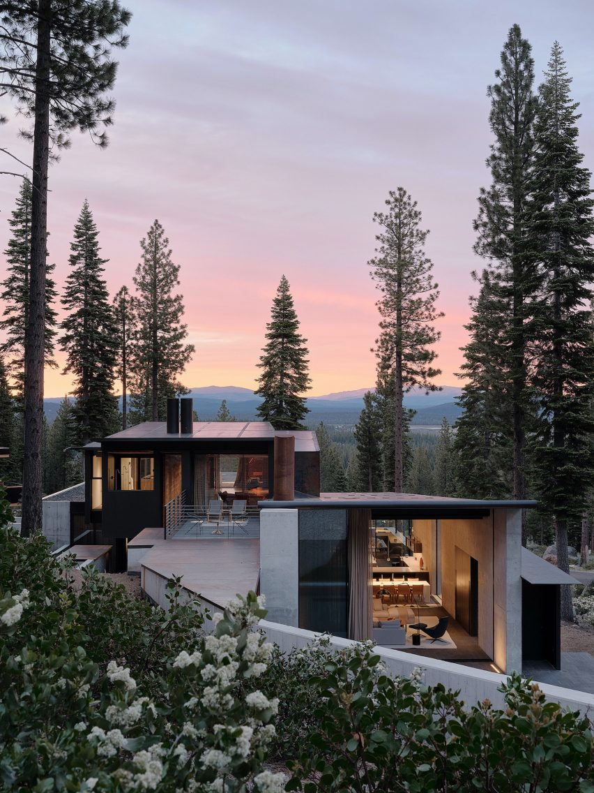 Exterior of Lookout House by Faulkner Architects
