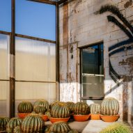 Santa Monica Greenhouse by PartOffice