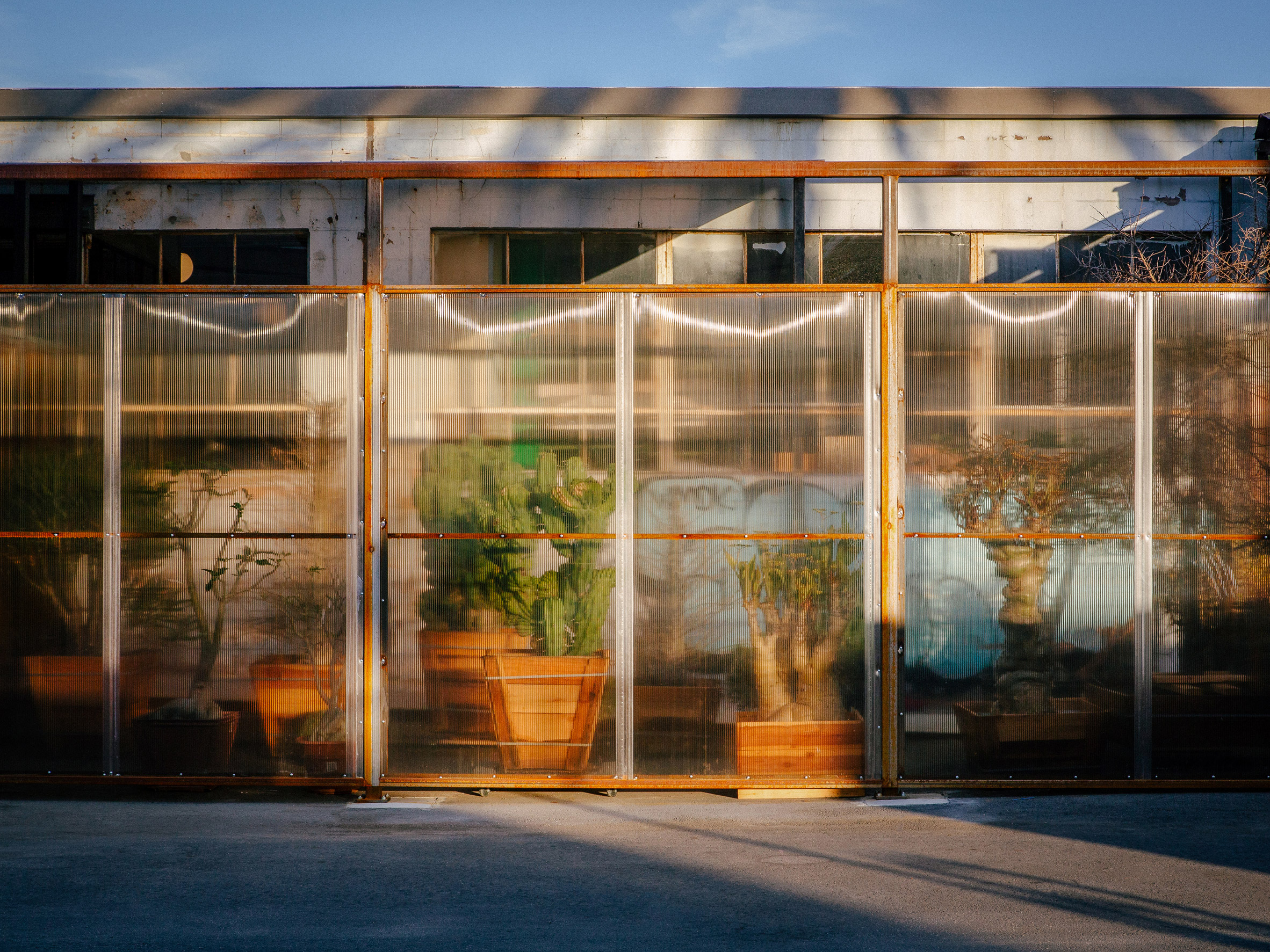 Front facade of Santa Monica Greenhouse by Part Office