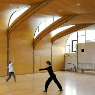 Undulating roof of Siobhan Davies Dance Studio echoes movements of its users