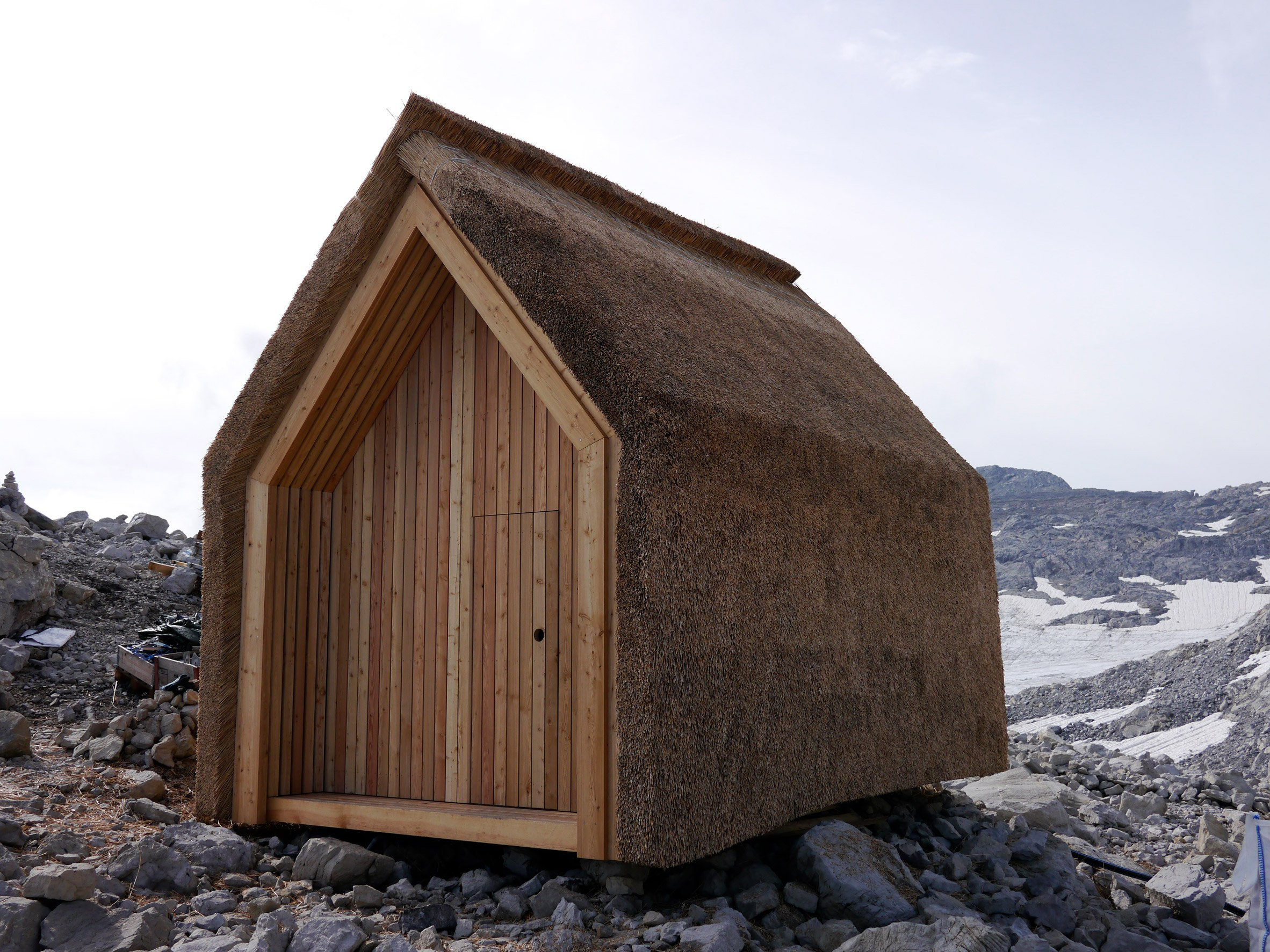 Alpine hut by Stuttgart University