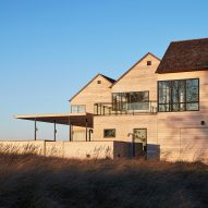 Wheeler Kearns Architects clusters gabled units for Lake Michigan house