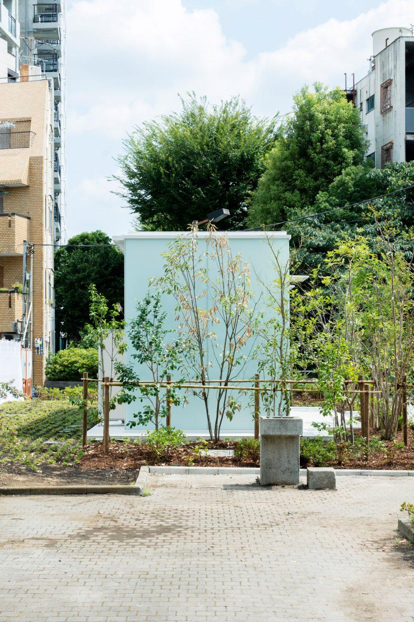 Takenosuke Sakakura's toilets made from green frosted glass