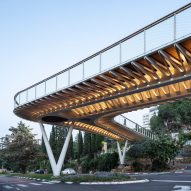 Schwartz Besnosoff Architects creates entrance-gate bridge for Israeli university
