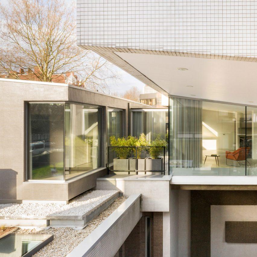 Water Gardens Pod by Fletcher Crane Architects