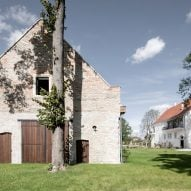 Clemens Strobl winery by Destilat occupies two former barns