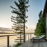 The deck of Aldo Beach House by Wittman Estes