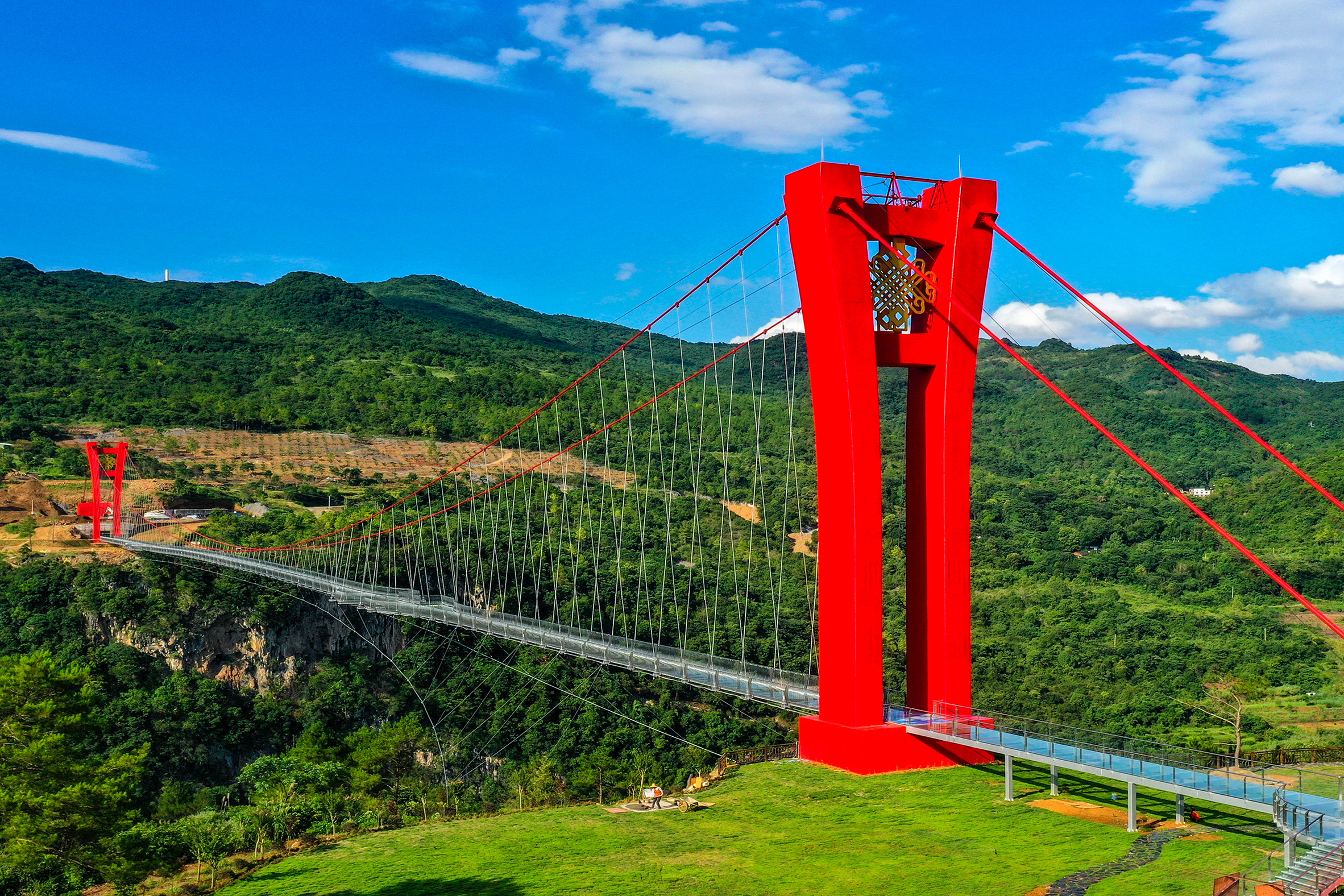 World's longest glass-bottomed bridge in HuangchuanThree Gorges Scenic Area in southern China