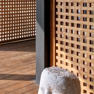 Timber screens of Mumbai Artist Retreat by Architecture Brio in Alibag, India