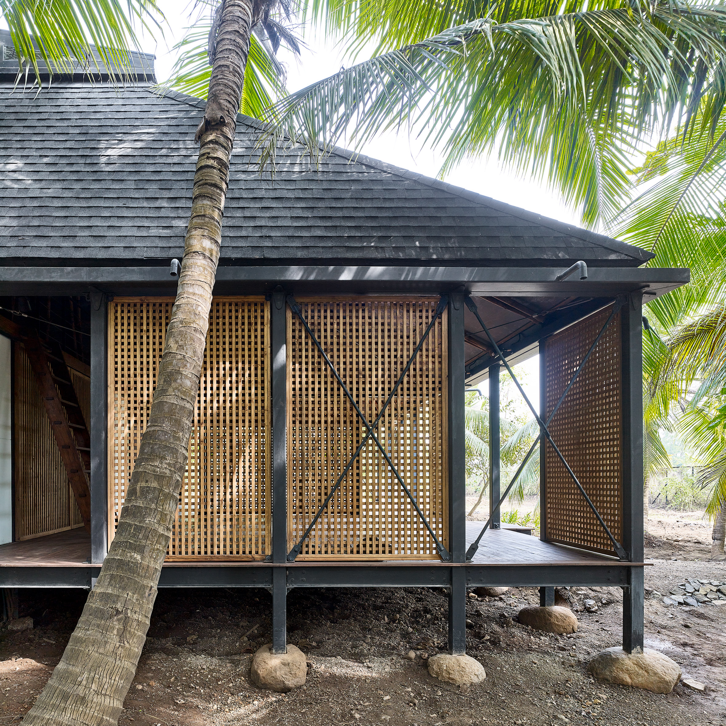 Exterior of Mumbai Artist Retreat by Architecture Brio in Alibag, India