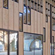 Facade inside Ateliers des Capucins by Atelier L2