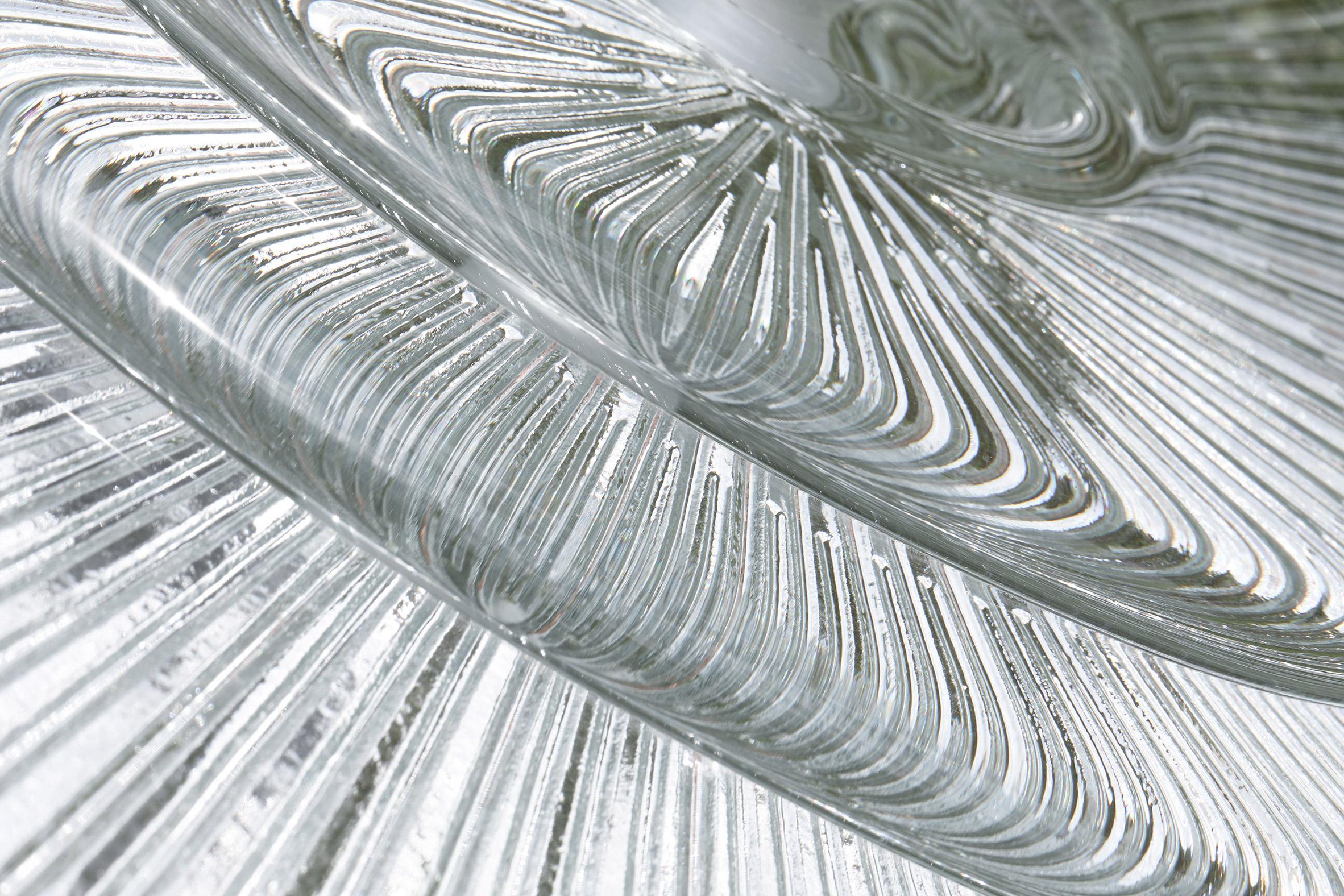 Marea glass sculpture for Atelier Oï Privé