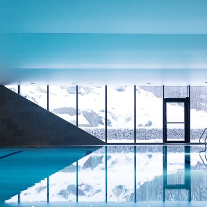 Pool of Bølgen Bath and Leisure Centre by White Arkitekter
