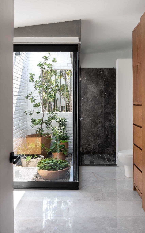 Banheiro na Casa RA por Radillo Alba