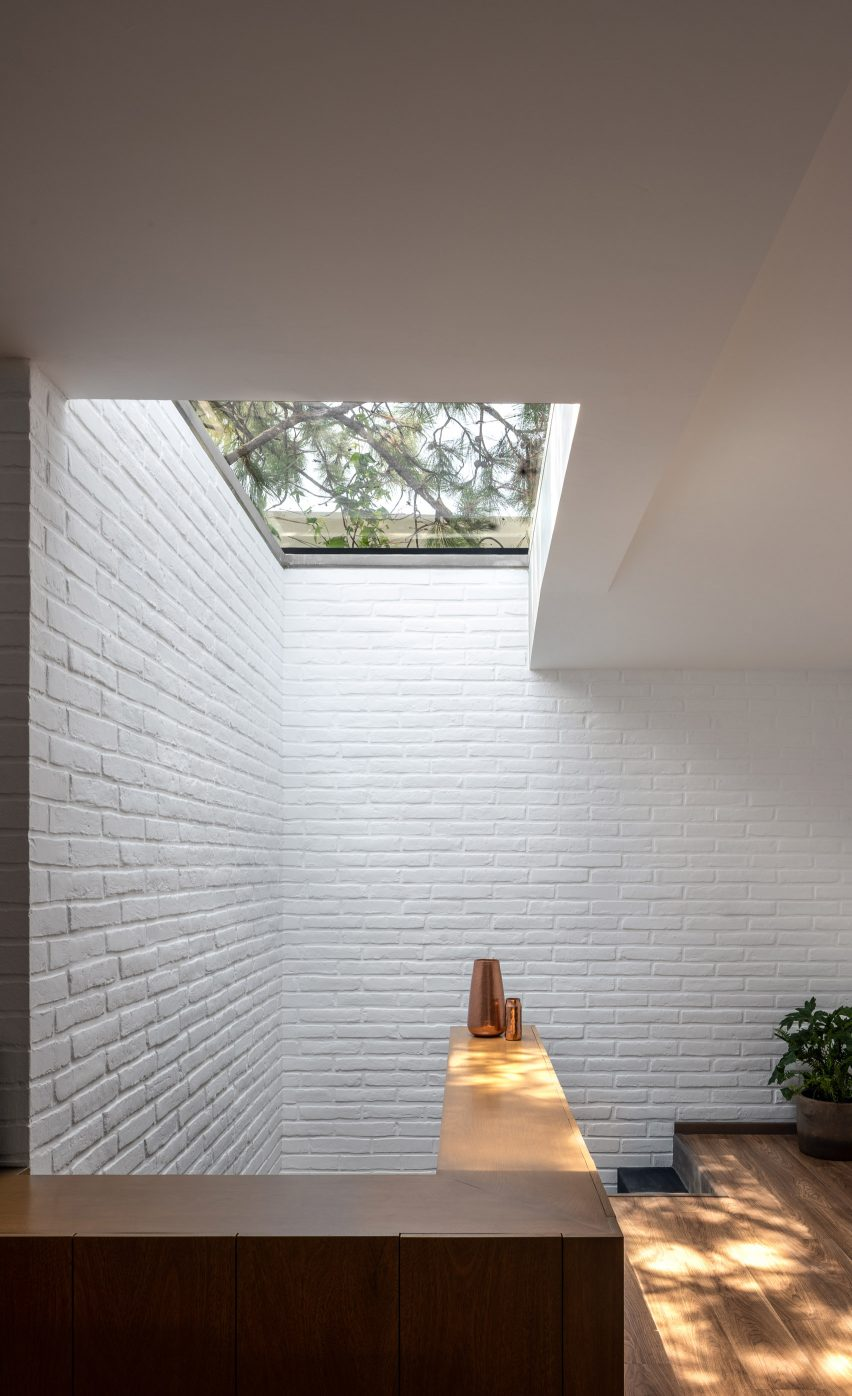 Stairwell in Casa RA by Radillo Alba