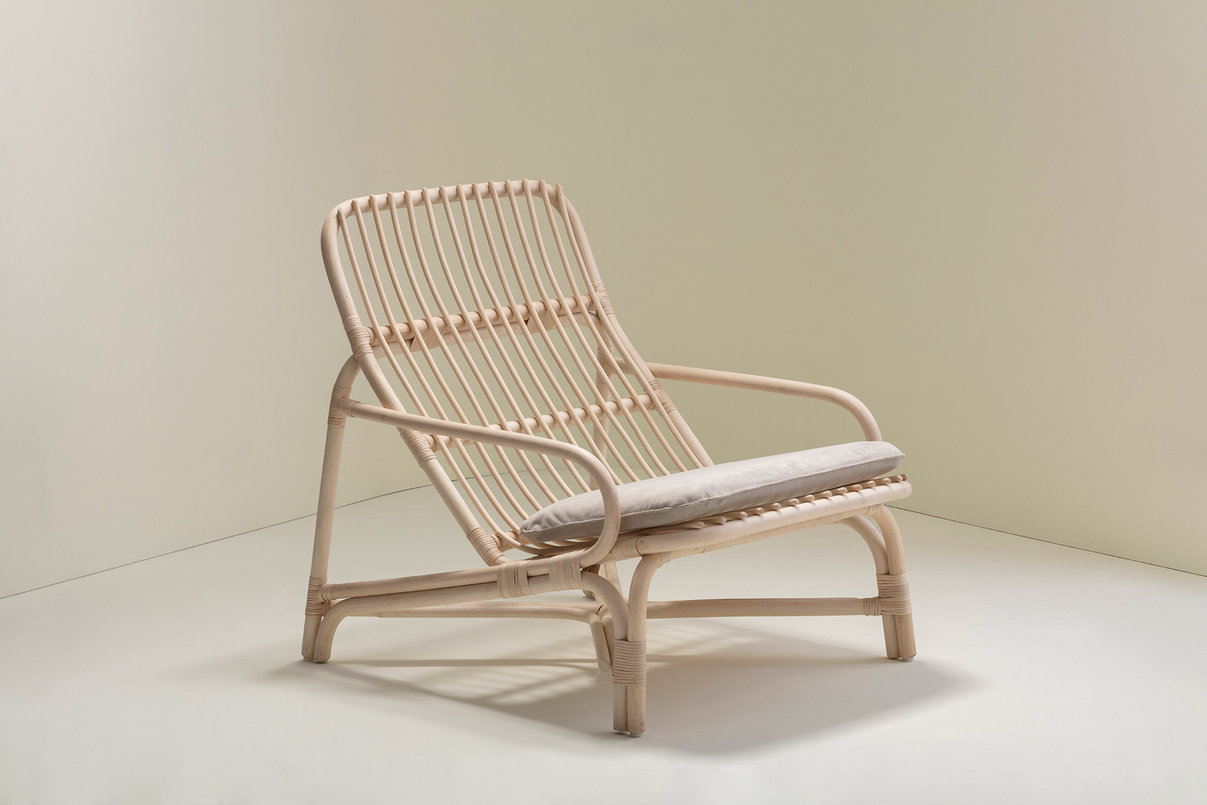 Lounge chair in rattan by Christian Vivanco for Balsa