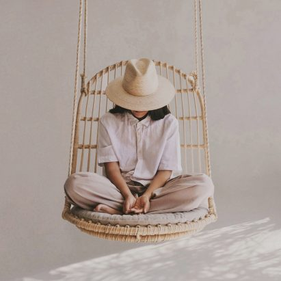Hanging chair by Christian Vivanco for Balsa