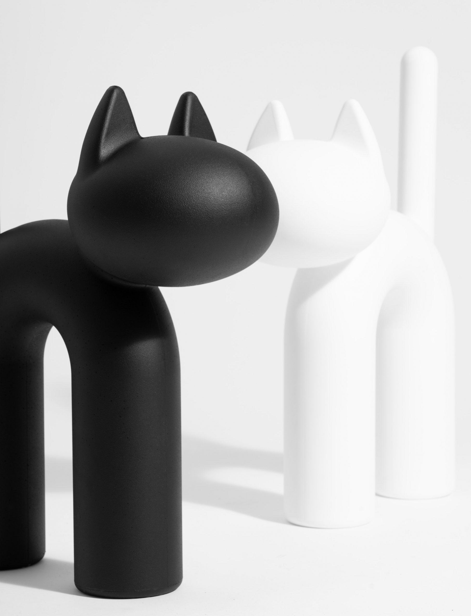The Kisu cat ornament by Eero Aarnio